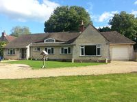 Beautiful Spacious Bungalow In Enviable Rural Location, Pet And Family Friendly