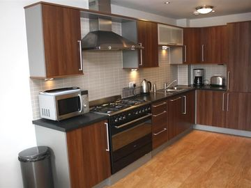Edinburgh apartment rental - Kitchen - has everything you will need to make life easy!