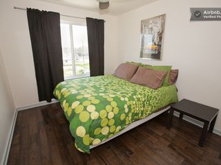 Austin apartment photo - Queen size bed