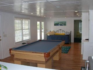 Fripp Island house photo - Pool table in recreation room downstairs