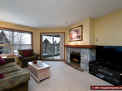 Whistler condo rental - Living Room