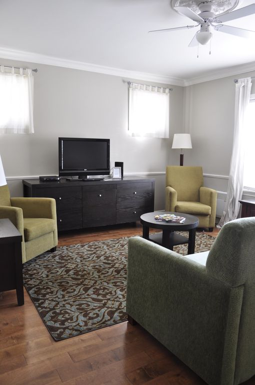 Moncton Suites - Cozy one bedroom with full kitchen
