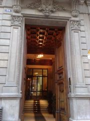 Centro - Plaza Catalunya apartment photo - Main entrance