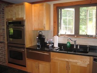 East Sandwich house photo - Kitchen - Granite Countertops, Double Oven, Warming Drawer & Keurig!