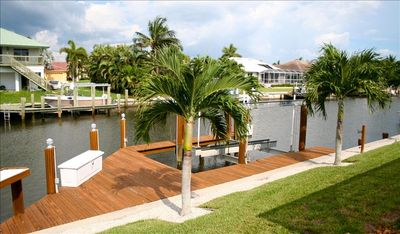 Private Dock & Boat Lift
