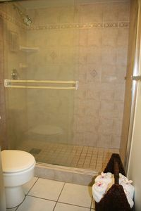 Bathroom with luxury towels (100% Hygro Cotton) and shower with dual shower head