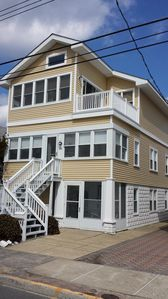 3 Bdrm/1 Bth, Steps to Beach! slps 7, AC 1600/wk or best offer!
