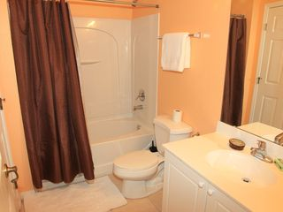 Club Cortile townhome photo - Downstairs Full Bathroom