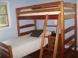 North Conway house photo - Bedroom with twin beds in bunk bed style