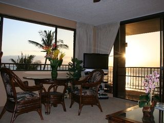 Kaanapali condo photo - beautiful new furnishings enhance tropical decor
