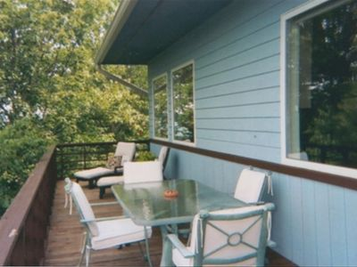 Large deck with dining table for 6 and...