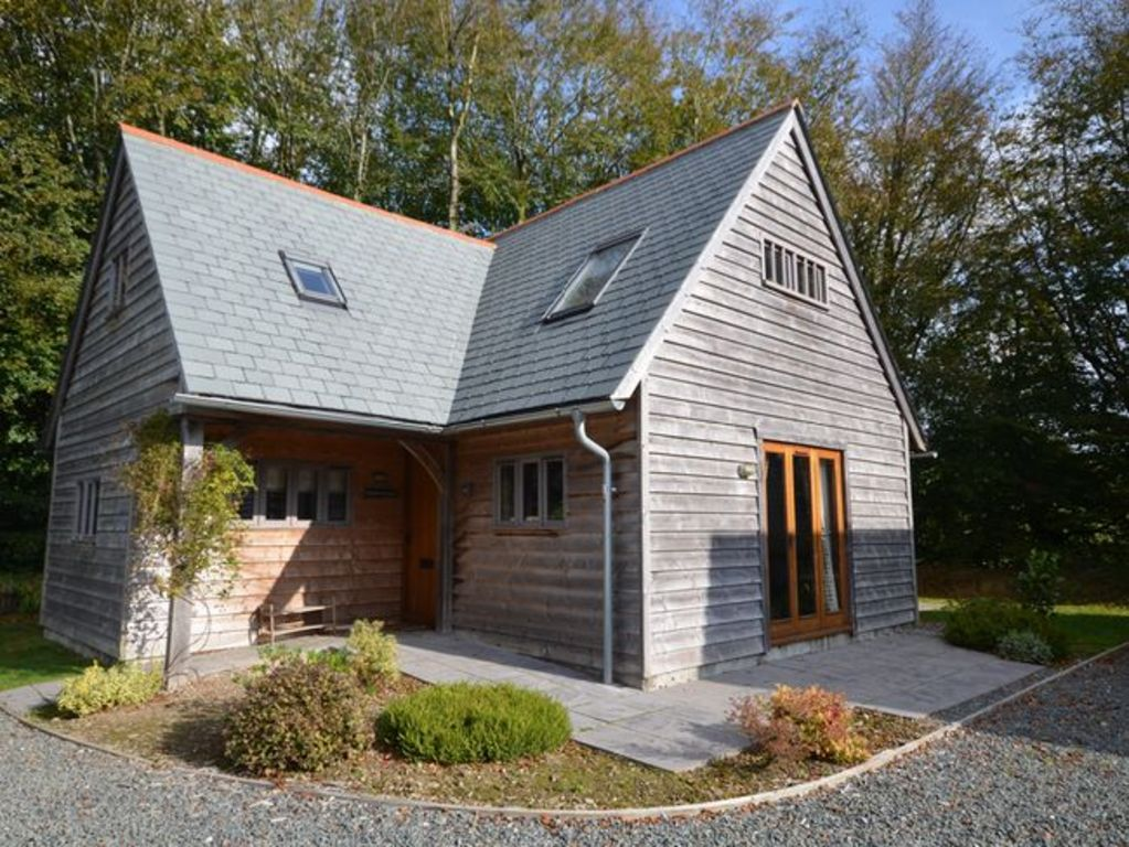 3 Bedroom Log Cabin In Boscastle Pendw Vrbo