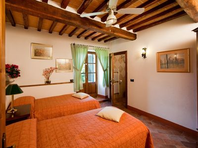 Cortona apartment rental - Stalla Rustica twin room