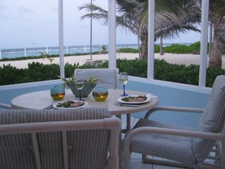 Grand Cayman condo photo - There is no better venue for dinner than the seaside lanai!