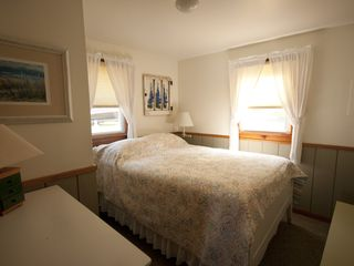 Lake Leelanau cottage photo - Right at home with this double bed in one of two country cottage bedrooms.
