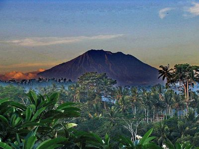 Ubud villa rental - The mighty volcano Gunung Agung