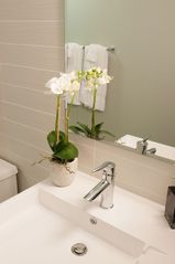 Toronto condo photo - Spa like accessories in the washroom