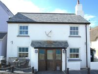 Stunning seafront home with tranquil sea views in Torcross Sleeps 6
