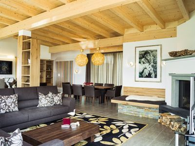 Holiday apartments in the centre of alpine town Zell am See