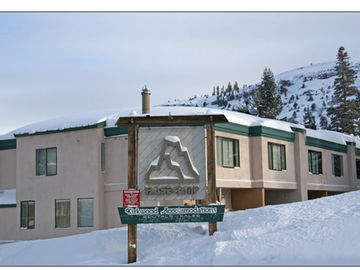 Kirkwood condo rental - Basecamp-directly across the street from village and chair lifts!