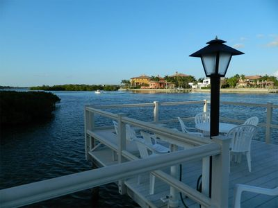 Siesta Key-Bayside dock - Relax, visit, fish & sightsee, steps from your condo