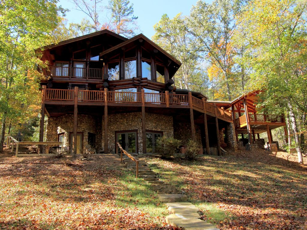 River ridge lodge on the toccoa river 4 king vrbo for Rental cabins in ga