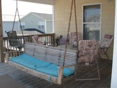 Swing on upstairs deck....table and chairs...with view of ocean!!