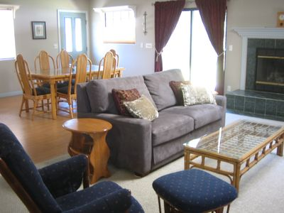 Nipomo cottage rental - Living Room and Dining Area.