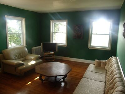 Staten Island apartment rental - Just say No to cramped New York rooms