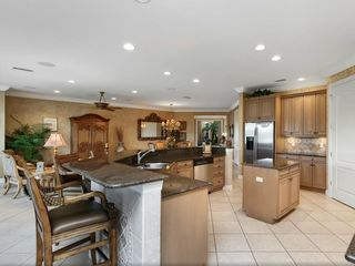 Bonita Springs apartment photo - Kitchen showing breakfast bar and granite counter tops
