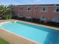 Beautiful apartment with outdoor heated pool, 2 min from sandy beach and pier