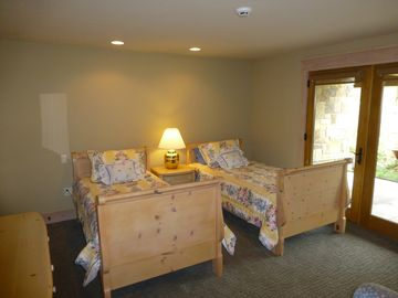 Fourth Bedroom with two Single Beds