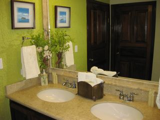 San Jose del Cabo condo photo - Ganite counter and new fixtures throughout condo