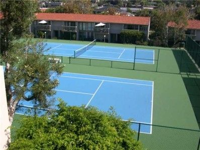 4 NEWLY RESURFACED TENNIS COURTS INCLUDED--BRING YOUR RACQUETS!