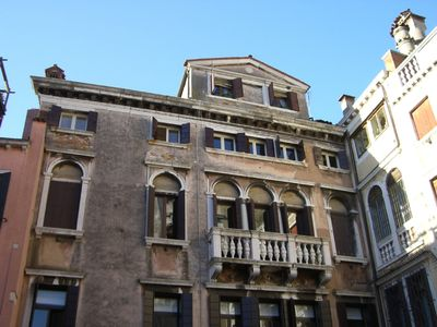 Venice S.Polo cosy 1 bedroom + 1 sofabed apartment in the Rialto area.