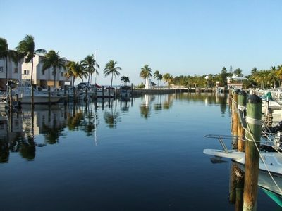 Peaceful and beautiful marina, great place for fishing, dinner and sunsets!