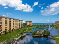 Beautiful Condo Steps Away From The Famous Siesta Beach!
