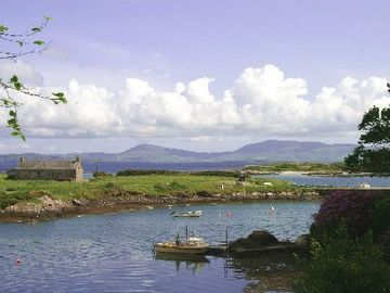 Caherdaniel cottage rental - Pier Cottage and Kenmare estuary
