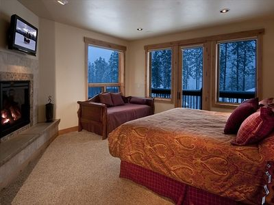 Five master suites, each w/LCD TV, mt views, luxury bath; three have a fireplace