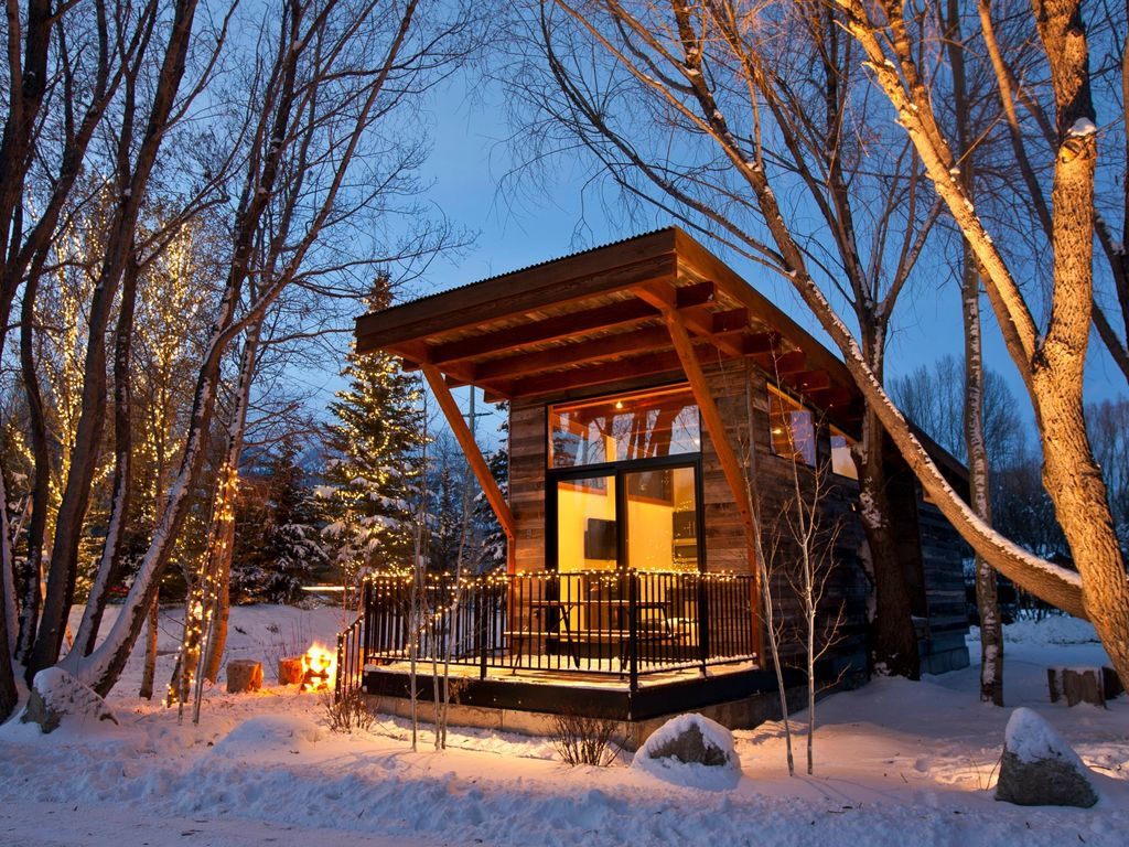Jackson hole ski cabin 5 min from slopes vrbo for Cabin rentals in jackson hole wy