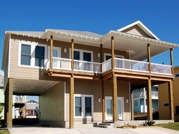Port Aransas house rental - outside of the 'Boolay Bungalow'