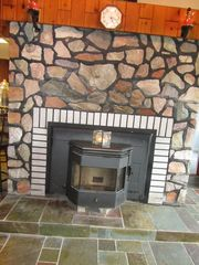 Ludlow cottage photo - Wood pellet stove, plus propane heat.