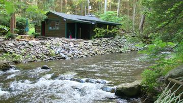 Tannersville cabin rental - Big Al's Creek House