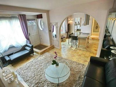 Charming apartment with fire place and garden part of historical property