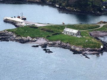 Aerial view of Pier Cottage