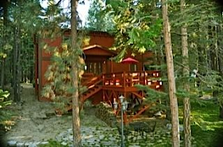 Heavenly Valley cabin rental - Front view, lots of great seating and gathering areas.