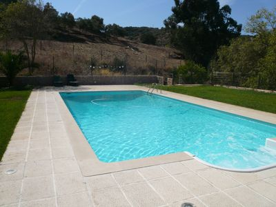 Farmhouse in the countryside with private pool, quiet and privacy, 16 kms from Lisbon