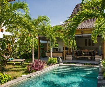 4Bed Villa Near Oberoi Very Central