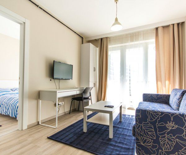 1+1 Suites Close To Airport, Marina, Hospital & Shopping Centers