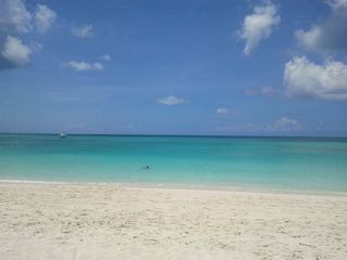 Providenciales - Provo studio photo - .grace bay beach 10 minute drive or 25 minute walk from complex